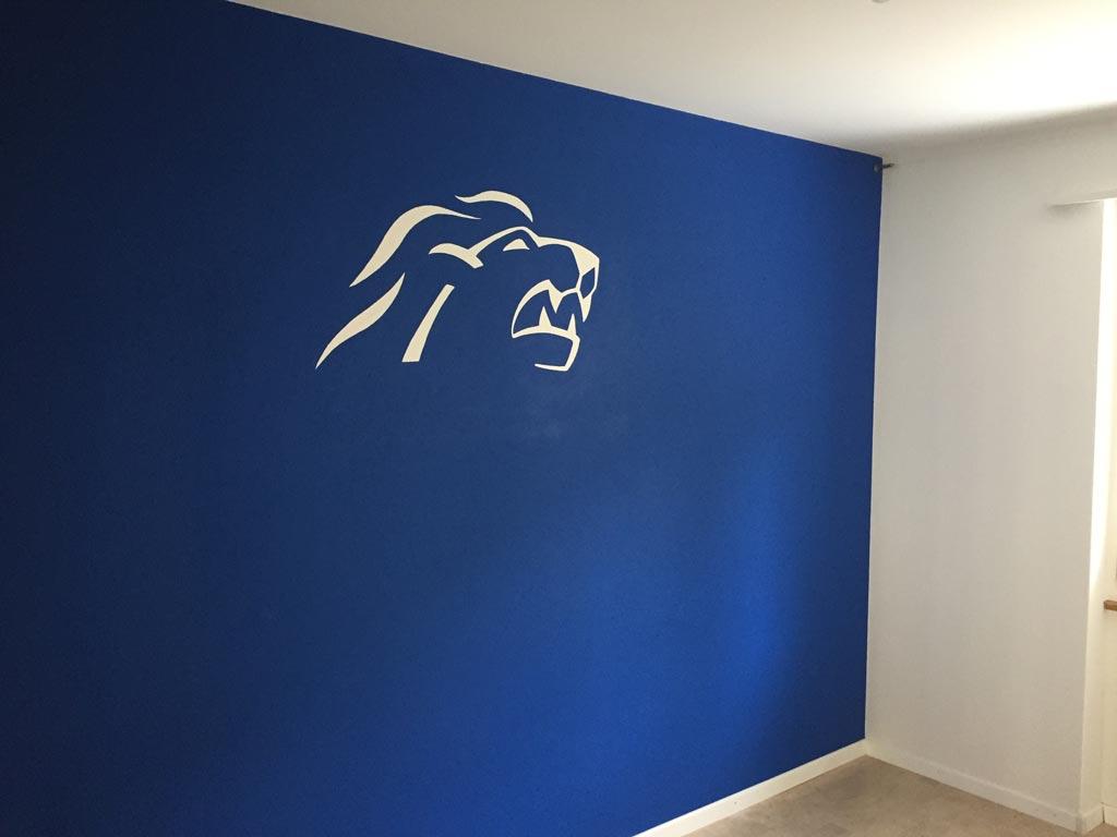 Wand mit Schablone ZSC Lions