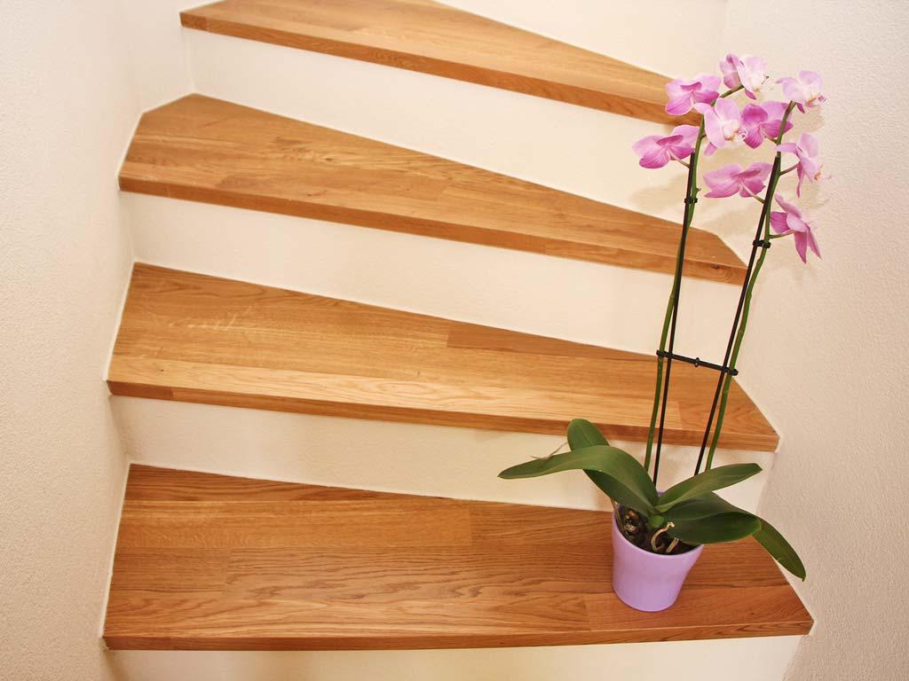 Parkett Treppe Blumen Zollikon Chris Stettler Bodenleger
